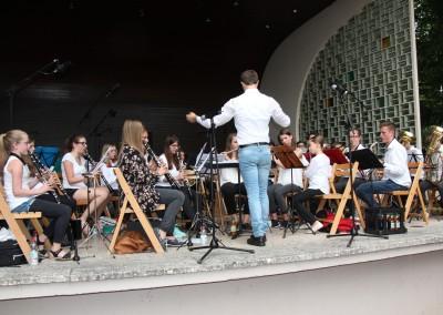 Jugendorchester mit Dirigent Felix Bauert