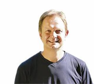 Musikalischer Leiter: Zeno Peters